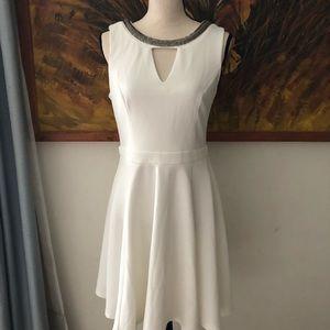 🔴 3 x $15 Xoxo Dress